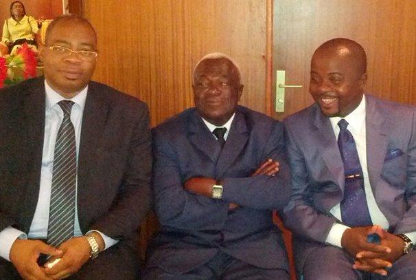 De gauche à droite, Alexandre Désiré TAPOYO Vice Président CLR, Jean Boniface ASSELE Président CLR, Julien ASSOUMOU AKUE Directeur de Cabinet du Président du CLR