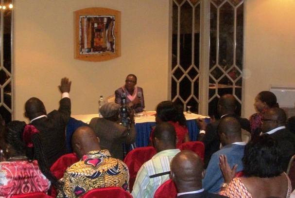 conférence de presse de Rose Mengara au Méridien
