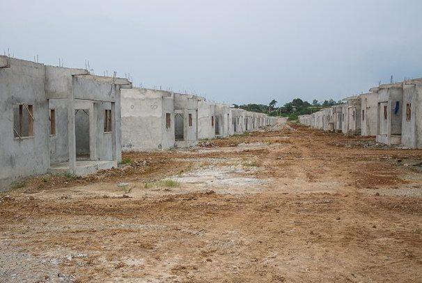 chantiers de logements sociaux à Bikélé