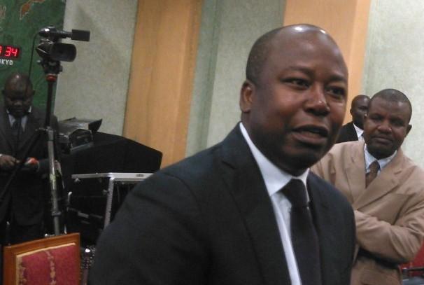 Alain-Claude Bilie By Nze réagit sur l'affaire de La Poste
