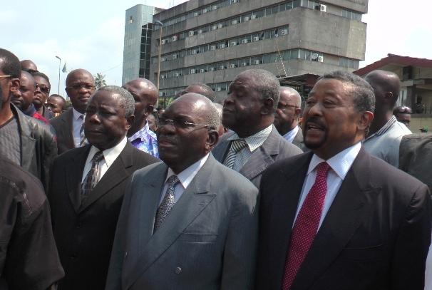 Les leaders du Front Uni de l'Opposition devant la PJ