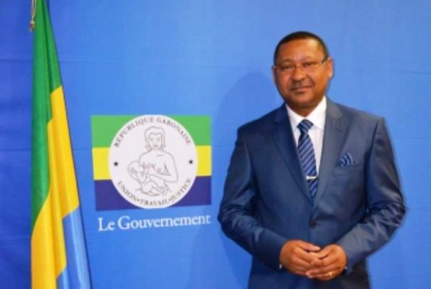 Le Ministre Jean Marie Ogandaga