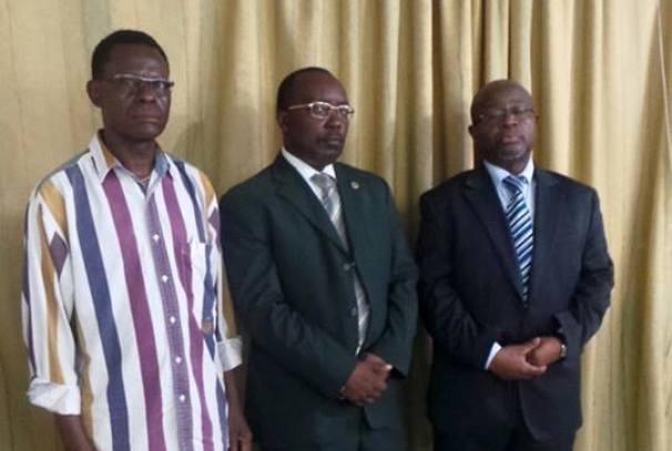 Le secrétaire général du ministère de l'Agriculture, Sylvestre Makaya et deux directeurs généraux, Franck Mihindou et Calixte Mbeng
