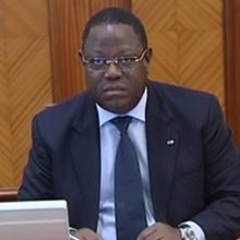 Emmanuel Issoze-Ngondet, Min istre des Affaires Etrangères