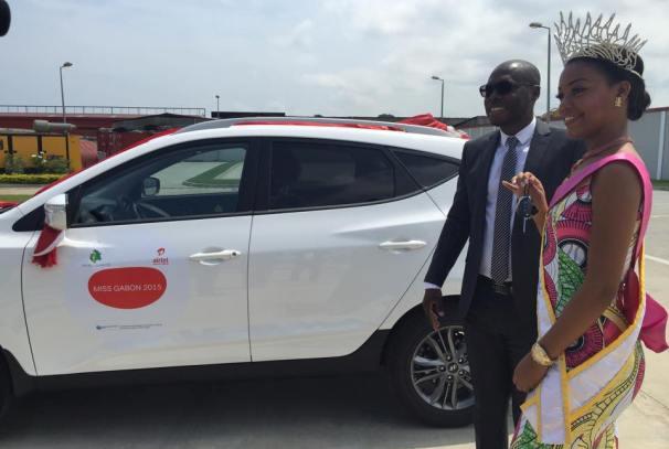 Reine Ngotala Miss Gabon 2015 et Charles Alexis Boukinda