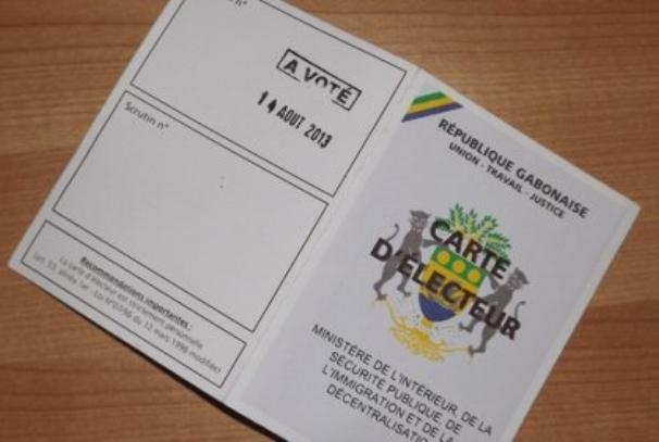 Une carte d'électeur au Gabon (photo, autre presse par DR)