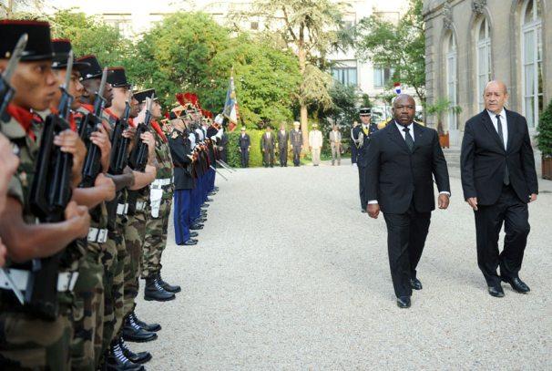 Ali Bongo Ondimba et Jean-Yves Le Drian