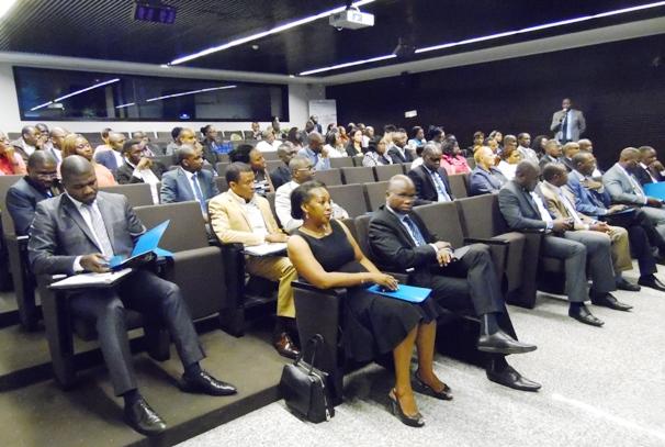 Une vue de participants au forum d'Ecobank