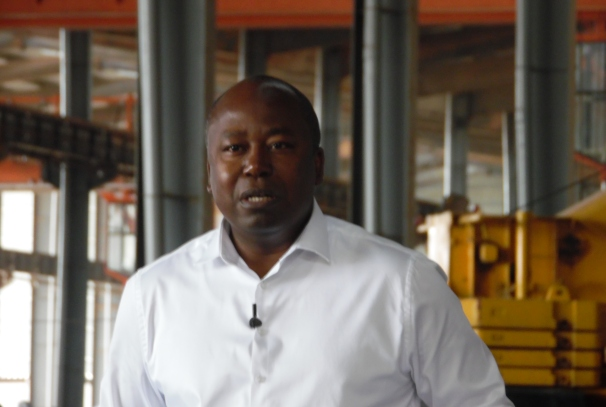 Alain Claude Bilié By Nze, lors de la conférence de presse de Nkok