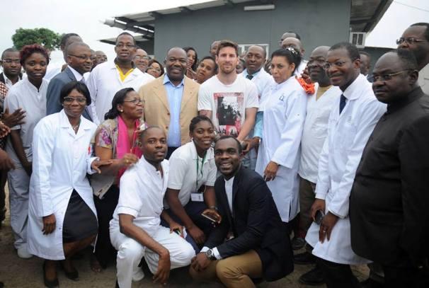 Ali Bongo Ondimba et Lionel Messi au chantier de la Maison d'Alice