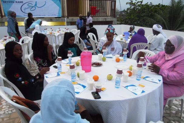 Repas populaires offerts par la Fondation Seydou Kane