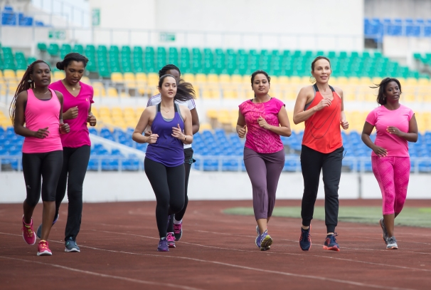 Sylvia et son équipe en plein entrainement pour le marathon du Gabon