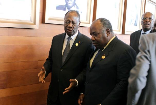 Ali Bongo Ondimba et Alassane Dramane Ouattara au sommet de l'Union Africaine