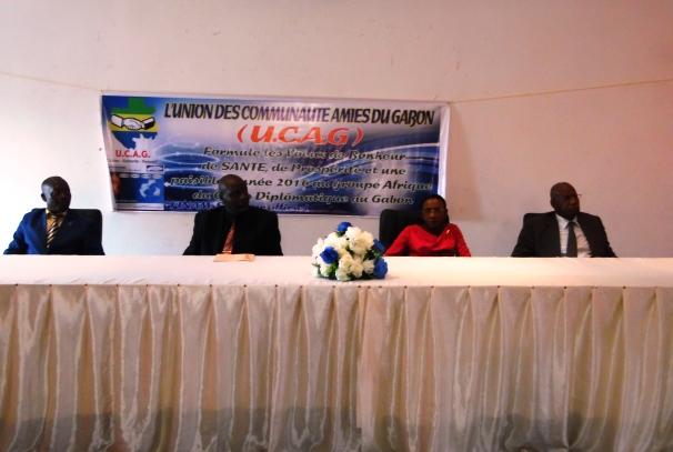 Les officiels et le bureau de l'UCAG