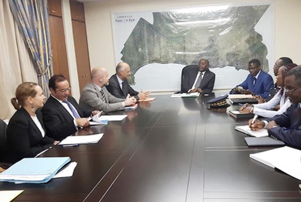 Pacôme Moubelet Boubeya et la délégation de l'Union Européenne