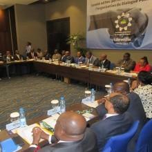 Les membres de la commission adhoc du dialogue national