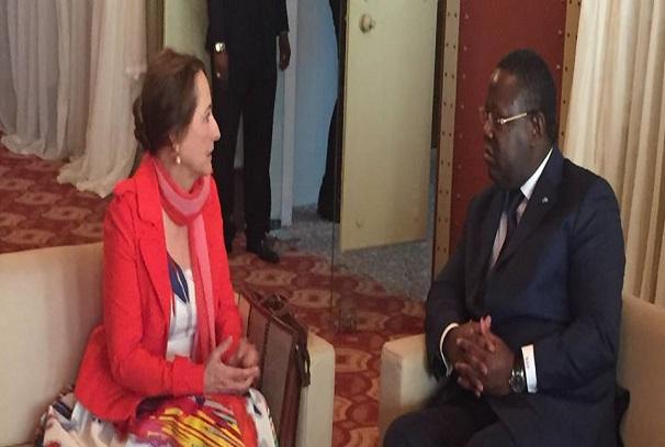 Emmanuel Issoze Ngondet et Segolene Royal