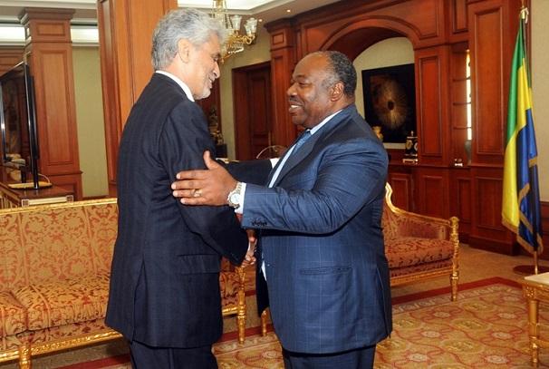 Ali Bongo Ondimba et le Pr. Mohamed El Hacen Ould Lebatt