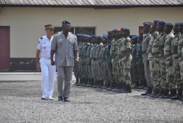 Les militaires gabonais au camp de Gaulle