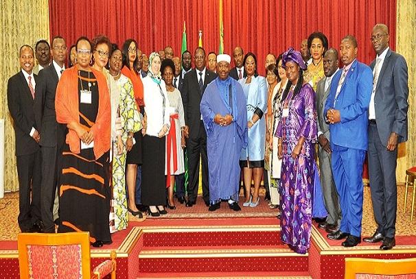 Ali Bongo Ondimba et les ministres des différents pays conviés