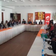 Gabon Telecom et Airtel renouvellent leurs licences