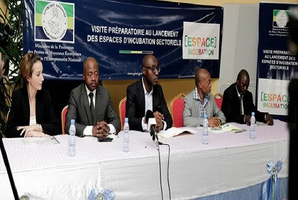 JA Gabon et le ministère des PME