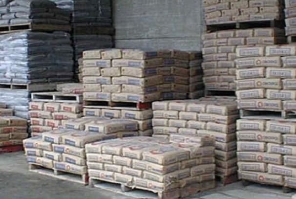Les sacs de ciment de Fobert Gabon