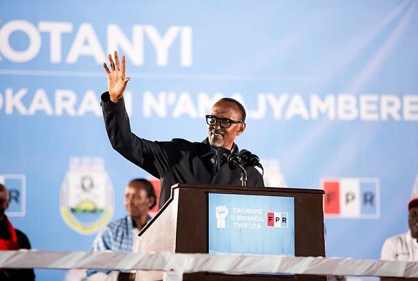 Paul Kagame réélu