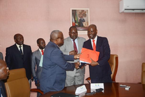 échange entre Moubamba et Mbadinga