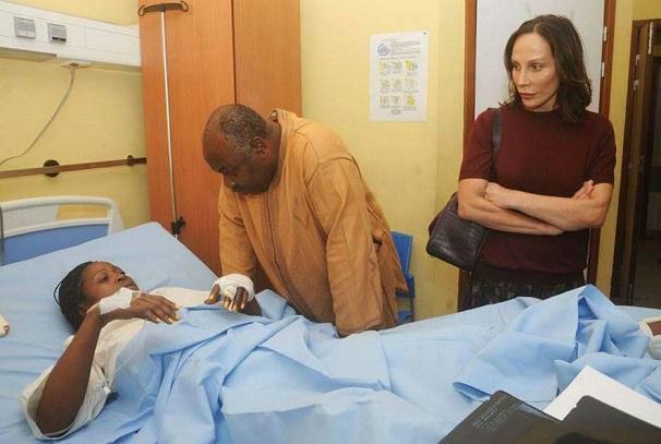 Ali et Sylvia Bongo Ondimba assistent les victimes