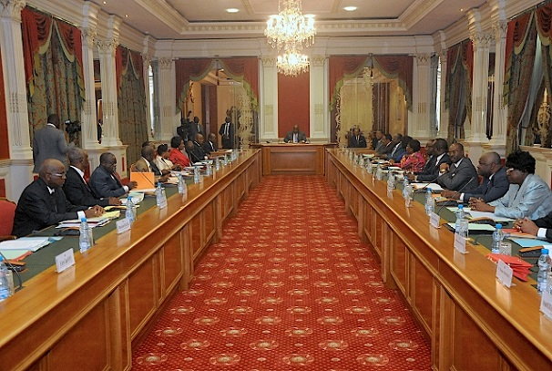 Les magistrats autour d'Ali Bongo Ondimba