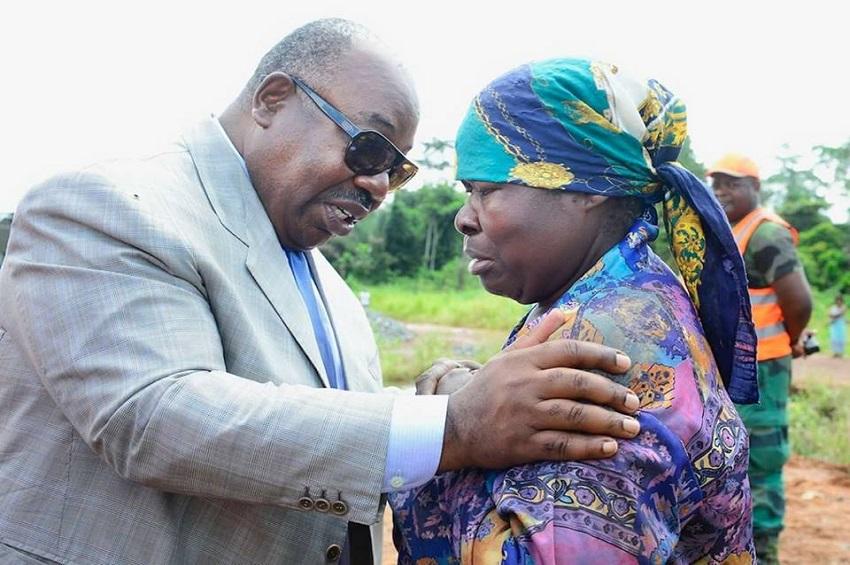 Ali Bongo Ondimba sur le chantier à Nkoltang