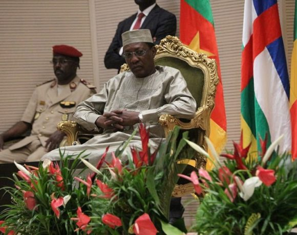 Idriss Déby Itno préside le sommet de la CEMAC