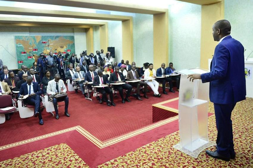 Le porte-parole de présidence de la République évoque l'agression au village artisanal