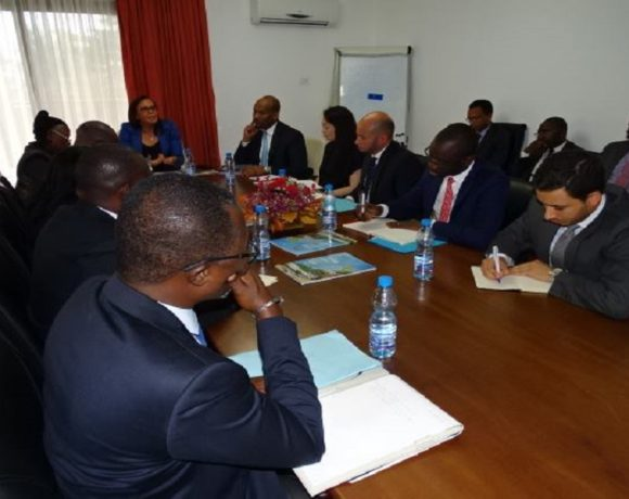 Réunion sur les investissements privés au Gabon