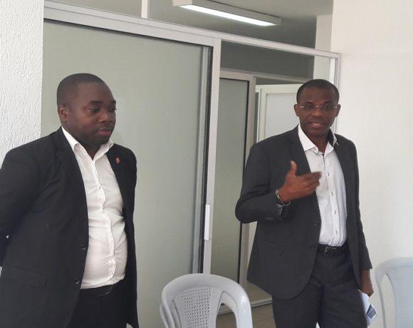 Etienne Ramba et Anicet Mvouri, reponsables de UBA Gabon