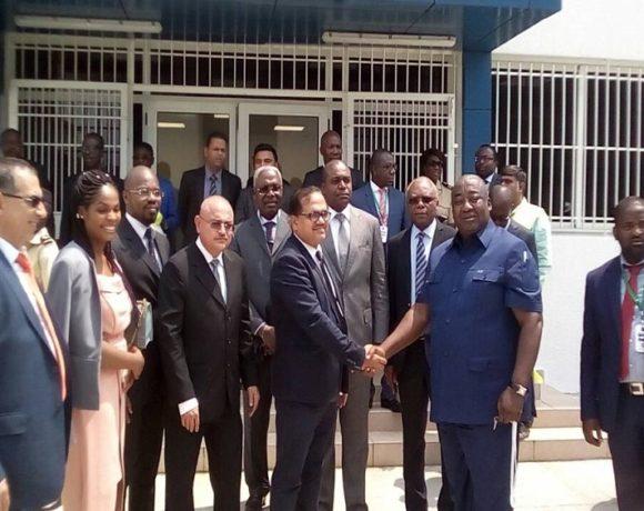 Raymond Okongo et les responsables de GSEZ Port