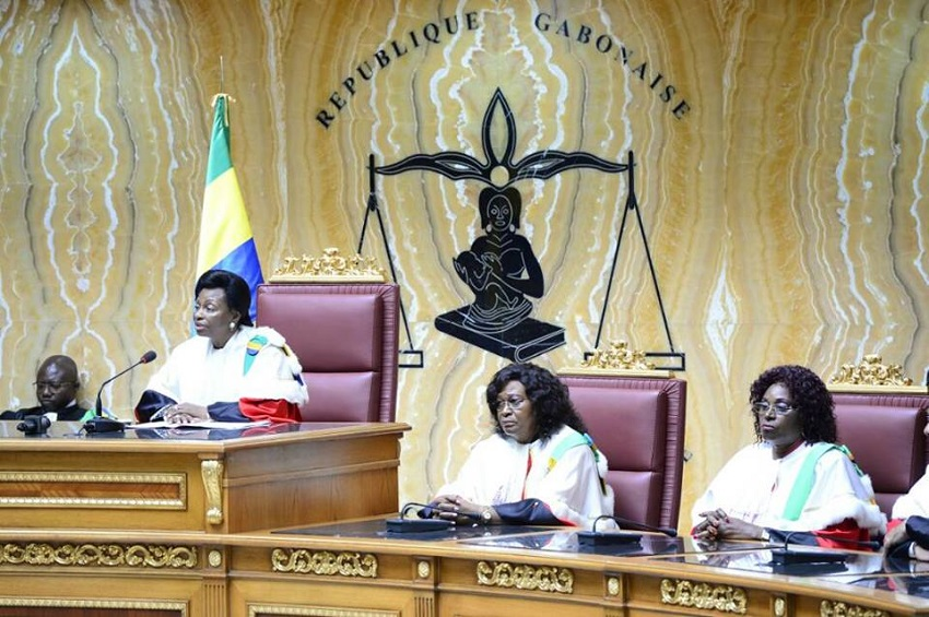 Gabon la cour constitutionnelle salue la consolidation for Haute juridiction