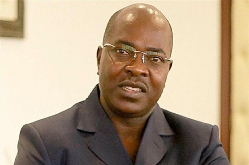 Yves-Fernand Manfoumbi quitte le gouvernement