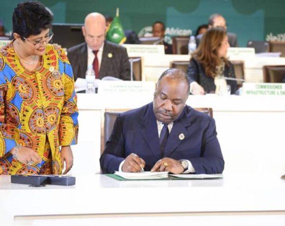 Le Président de la République Ali Bongo Ondimba lors de la signature de l'accord pour la ZLEC