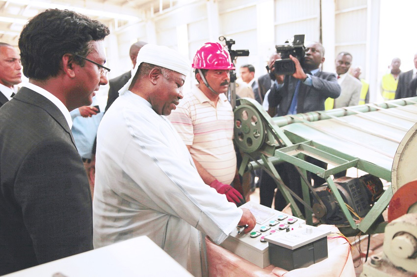 Ali Bongo a inauguré l'usine Accurate Industries