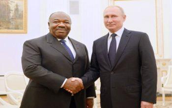 Les présidents Ali Bongo Ondimba et Vladimir Poutine à Kremlin
