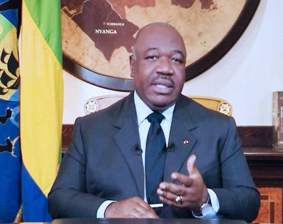Ali Bongo Ondimba appelle à une véritable rupture