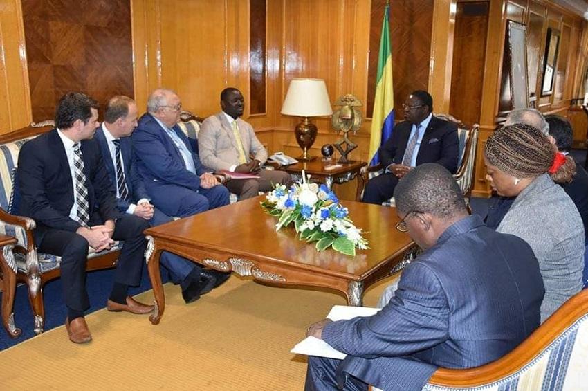 Emmanuel Issoze Ngonet reçoit une délégation de Air France