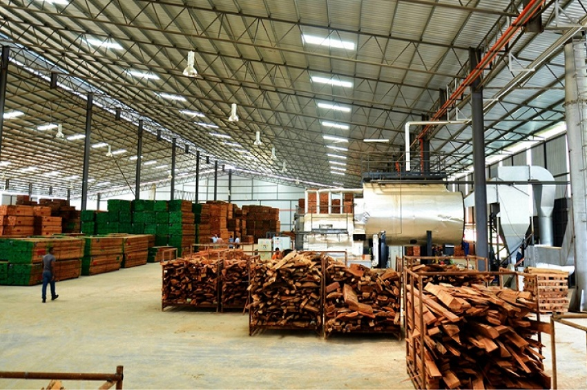 Le bois transformé à Nkok