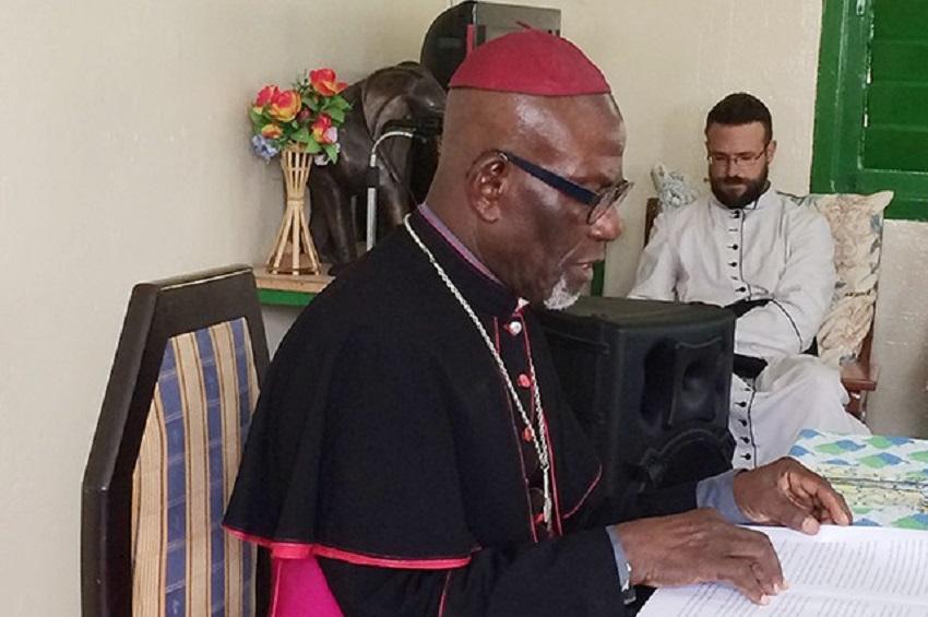 Monseigneur Basile Mve Engone