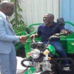 Remise de matériel agricole