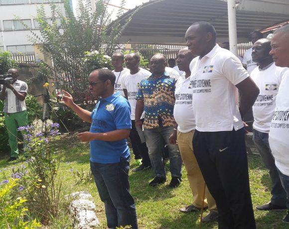 Arthur Benga Ndjeme et les agents du ministère du Budget et des Comptes publics