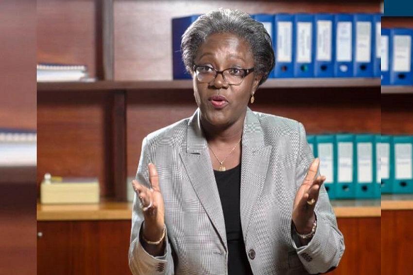 Dr Nicole Assele