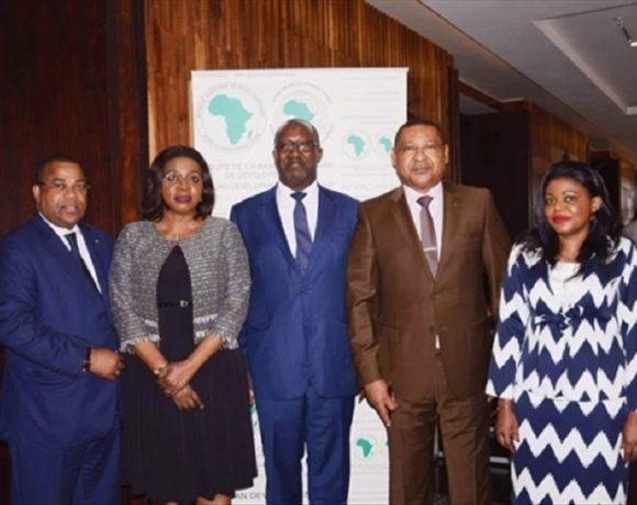La BAD signe avec le Gabon